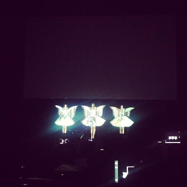 Japanese pop idol on stage!!!