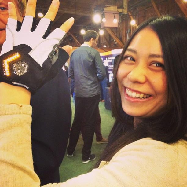 Blinker gloves for bikers