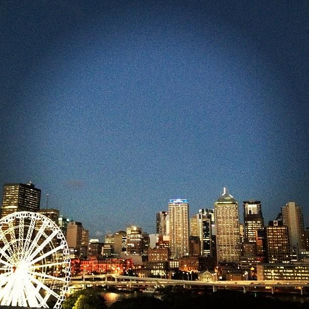 夜バージョン 6:45pm view from my room before dinner