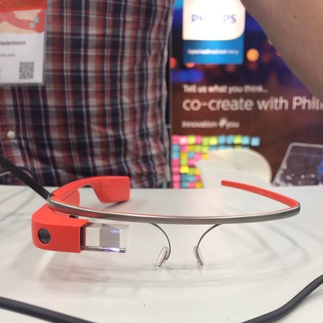 Phillips x Google glass