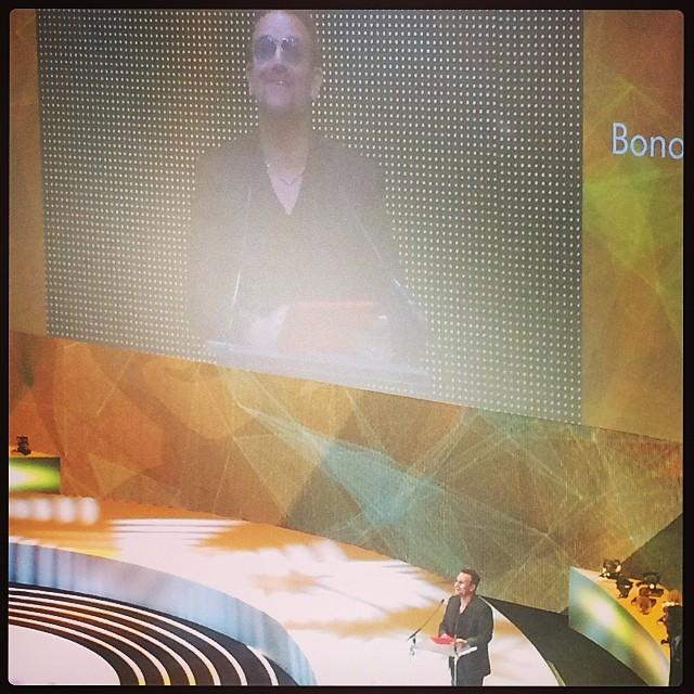 [カンヌ2014 Cannes Lion Heart Award] カンヌ今年初のライオンハートアワードはU2のBONO!!!