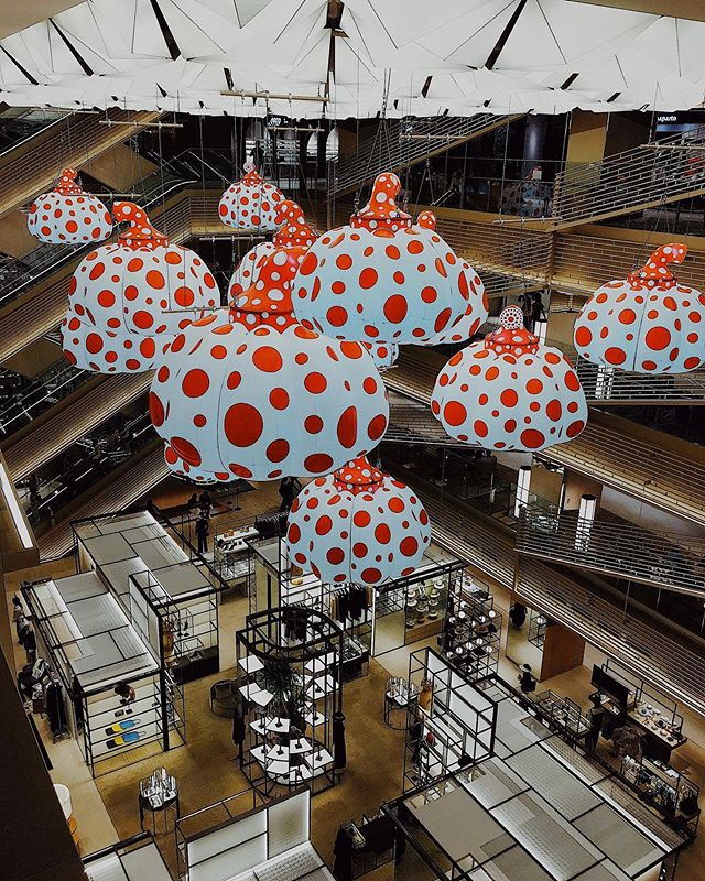 _ Here's this week's  update from AOI Global at Ginza Six, Ginza and Tokyo! The art works were designed by Yayoi Kusama.  #aoiglobal  #shootinglocation  #filmmakinglife