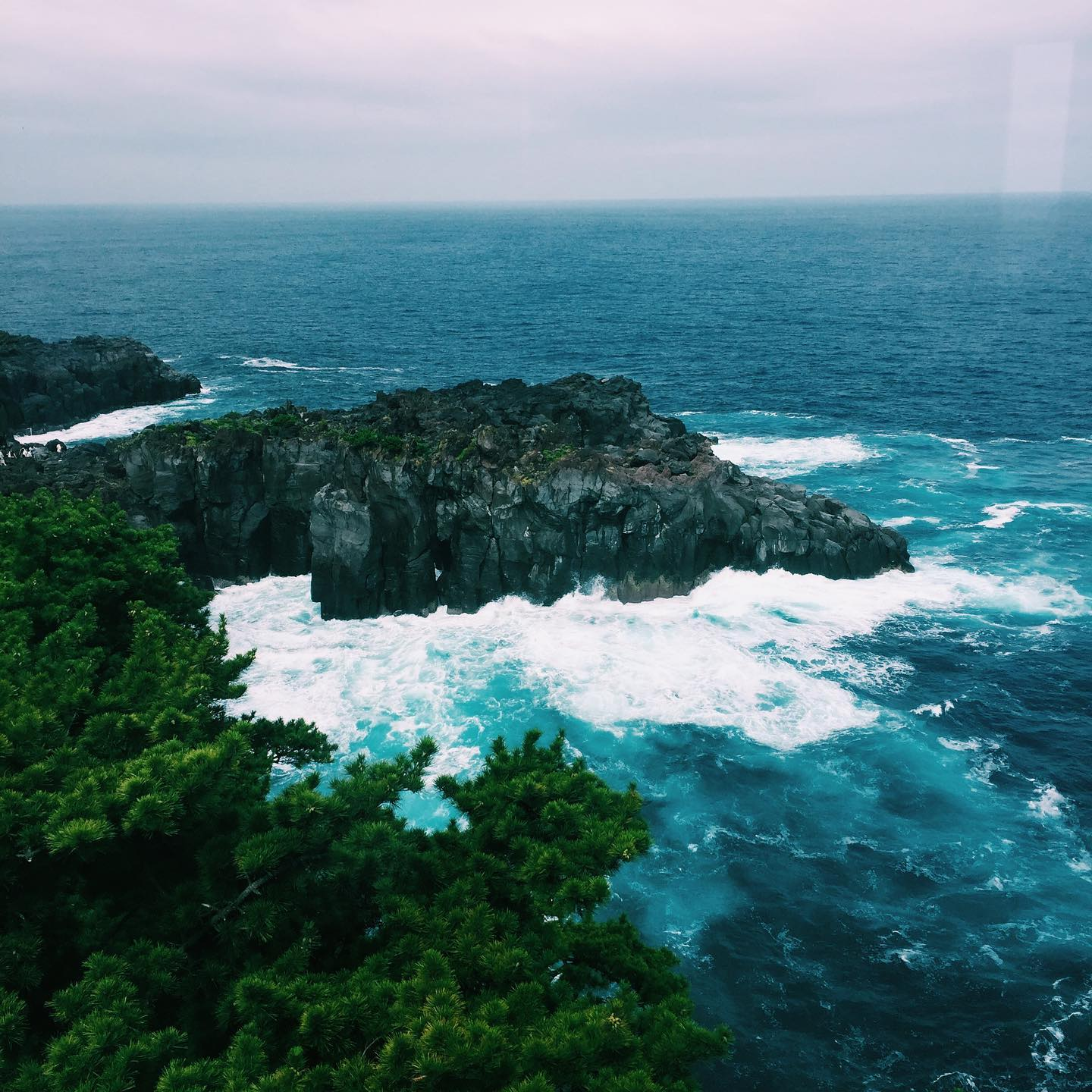 _ Here's today's #shootinjapanfrom AOI Global at the Jogasaki Coast in the Izu peninsula.   The Jogasaki Coast, is a rugged stretch of dark volcanic cliff coastline on the eastern shore of the Izu Peninsula, southwest of Tokyo. Walking along the trails in the area, you will be able to see dynamic  views of cliffs, small islands, and waterfalls.   #aoiglobal #filmmakersworld #shootinglocation #filmmakinglife #weeklyinspiration� #remoteshooting